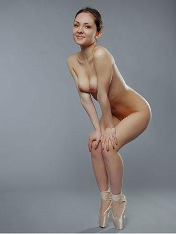 Nude brunette
