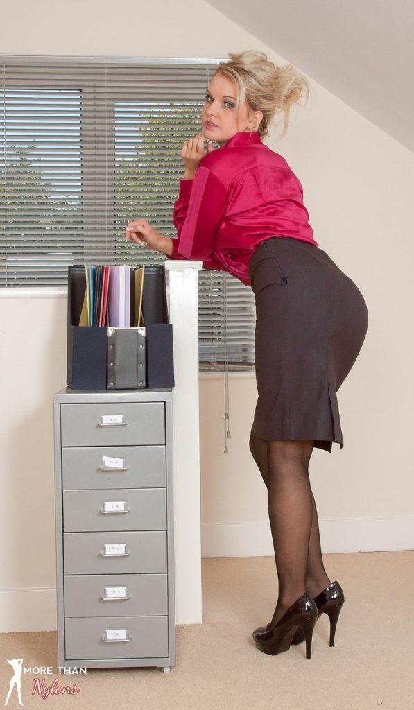 Nude secretary