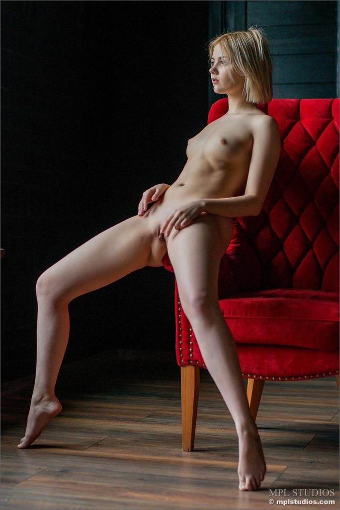 Beautiful women nude