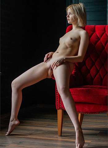 Beautiful women nude