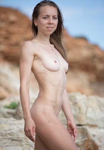 Images of naked women