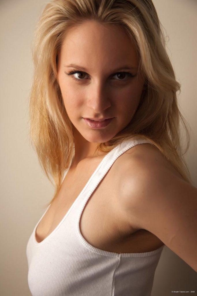 Nude blond