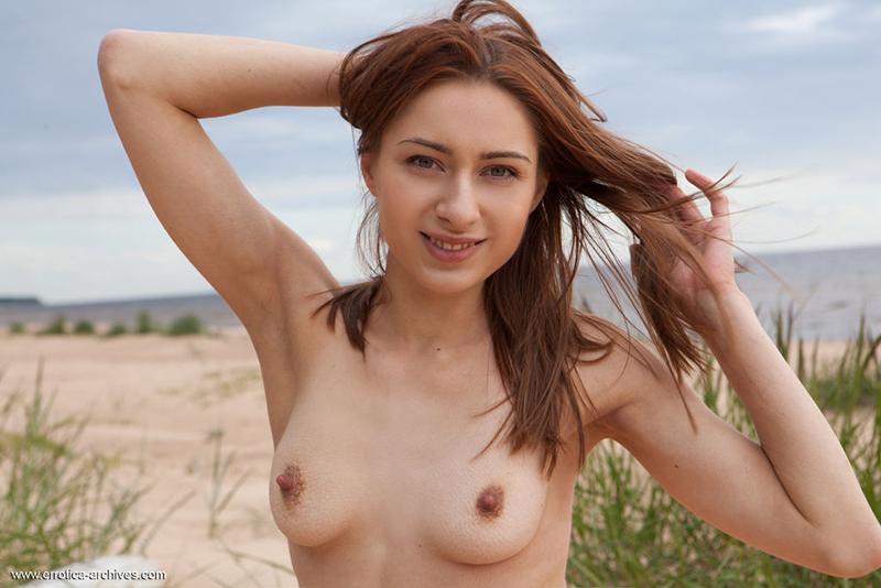 Nude college girls