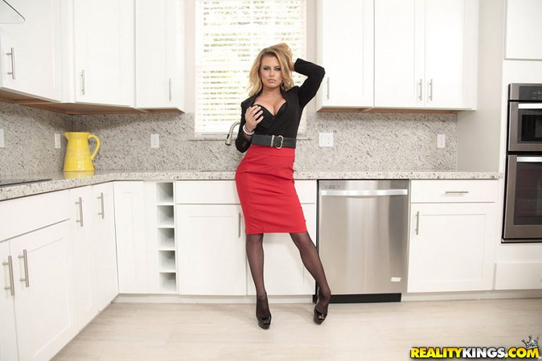 Hot blonde slut with big tits gets fucked by her plumber